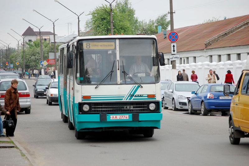 Автобус гвозница